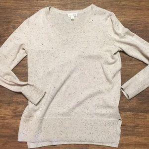 Maison Jules cream flecked v neck sweater small